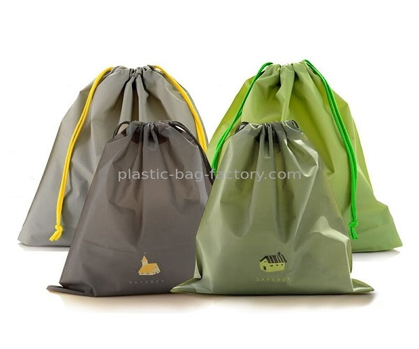 Lightweight PEVA Drawstring Bag Sport Waterproof Drawstring Bag for Home / Travel / Outdoor Storage Use
